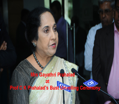Mrs Gayathri Prahalad at Prof C K Prahalad's Bust Unveiling Ceremony in CII - SR, Headquarters, Chennai.